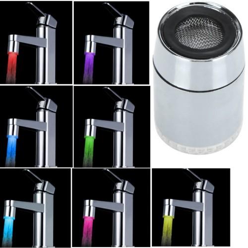 LED násada na vodovodnú batériu